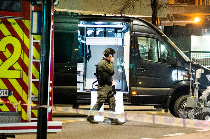 В центре Осло после обнаружения полицией подозрительного устройства, Норвегия, 8 апреля 2017 года