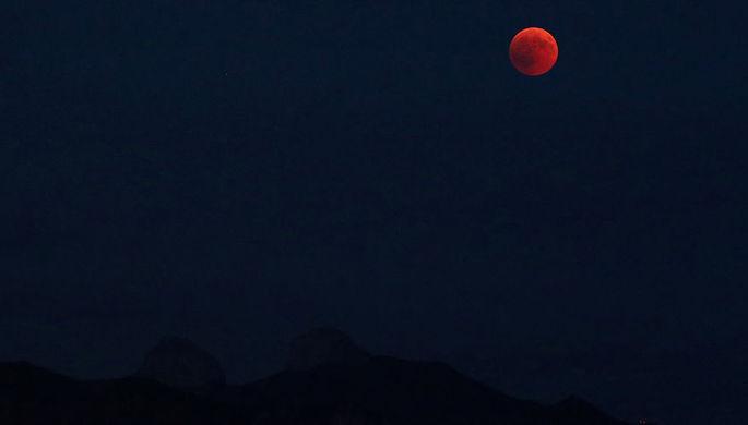 Роскосмос отложил полеты к Луне