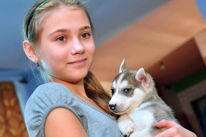 12-летняя Ольга Марущенко из села Белый Яр написала письмо президенту о том, что хочет получить на Новый год голубоглазого щенка