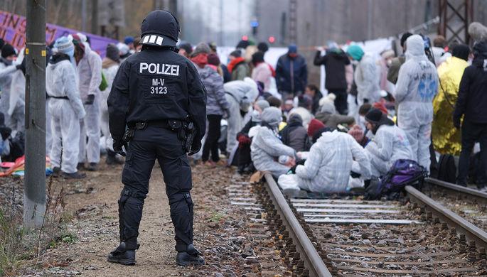 Мир в протестах: в какие страны не стоит ехать сейчас