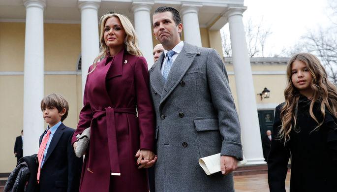 Cын президента США Дональд Трамп-младший с супругой Ванессой Трамп и детьми
