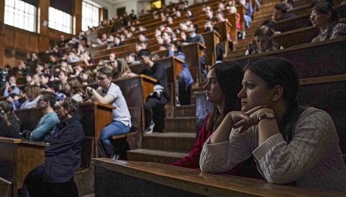 «Наживут себе врагов»: профессор Гусейнов ушел из ВШЭ