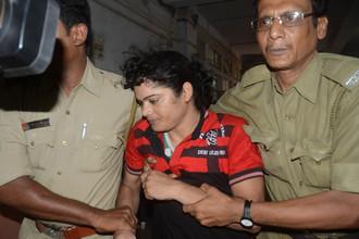 Полиция Индии обвинила Праманик в том, что она — мужчина