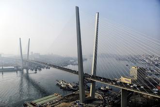 «Золотой мост» на остров Русский
