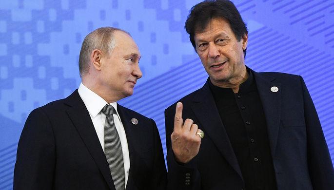Президент России Владимир Путин и премьер-министр Пакистана Имран Хан, 2019 год