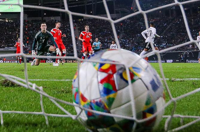 Во время товарищеского матча по футболу между сборными Германии и России, 15 ноября 2018 года