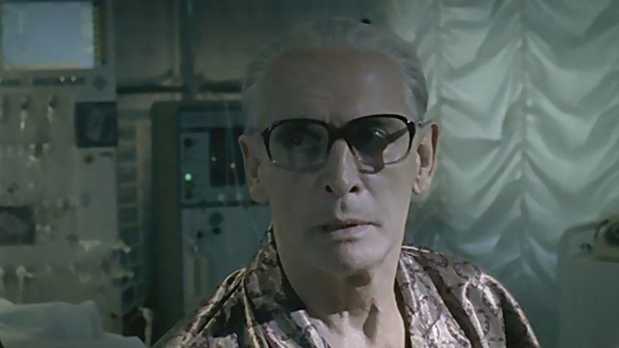 Василий Лановой в роли Юрия Андропова в сериале «Брежнев», 2005 год