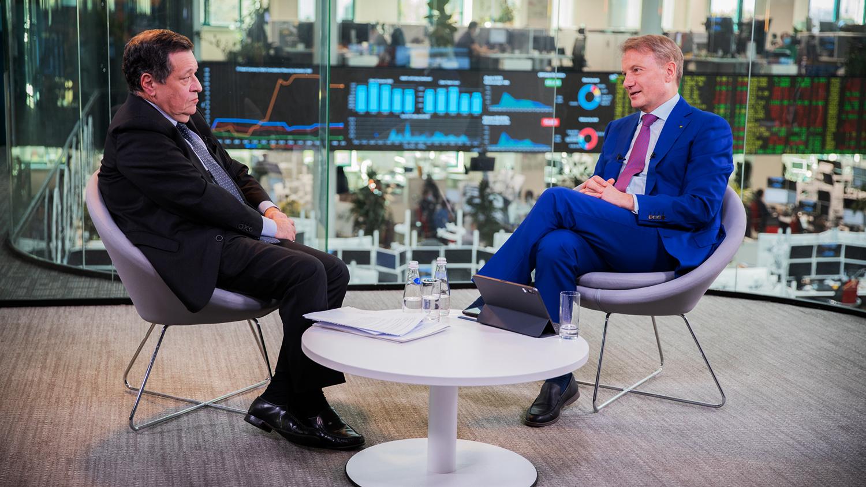 Глава комитета Госдумы по бюджету и налогам Андрей Макаров и президент и председатель правления...