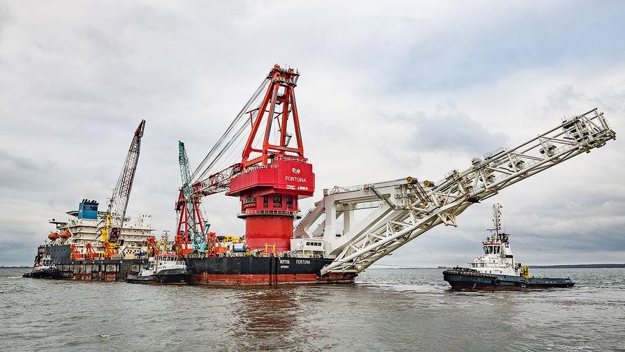 Судно-трубоукладчик «Фортуна» в порту немецкого города Висмар, январь 2021 года