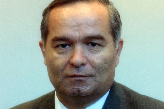 1990 год. Ислам Абдуганиевич Каримов- народный депутат СССР, первый секретарь ЦК компартии Узбекистана