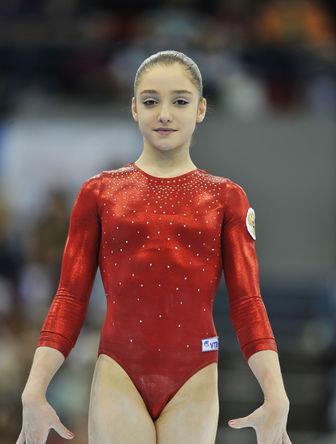 Гимнастка Алия Мустафина, 2010 год