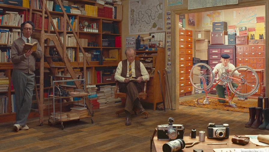 Кадр из фильма «Французский диспетчер» (2020)