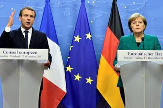 Президент Франции Эммануэль Макрон и канцлер ФРГ Ангела Меркель во время саммита Европейского союза в Брюсселе, 15 декабря 2017 года