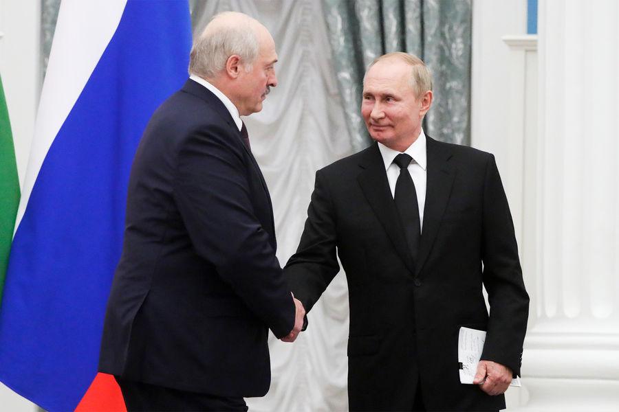 Президент России Владимир Путин и президент Белоруссии Александр Лукашенко во время пресс-конференции поитогам встречи вКремле, 9 сентября 2021 года