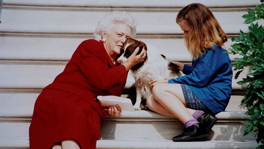 Всеобщая бабушка: кто боялся Барбары Буш