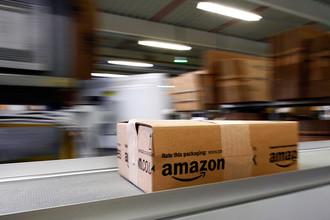 Интернет-магазин Amazon приостановил поставки в Россию