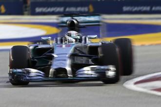 Льюис Хэмилтон во второй раз подряд выиграл квалификацию этапа «Формулы-1»