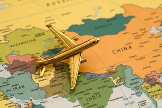 «Ударный самолет» летит вКитай