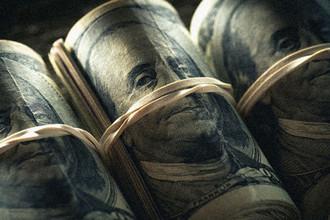 Нищие навсегда: зачем россиян лишают доллара