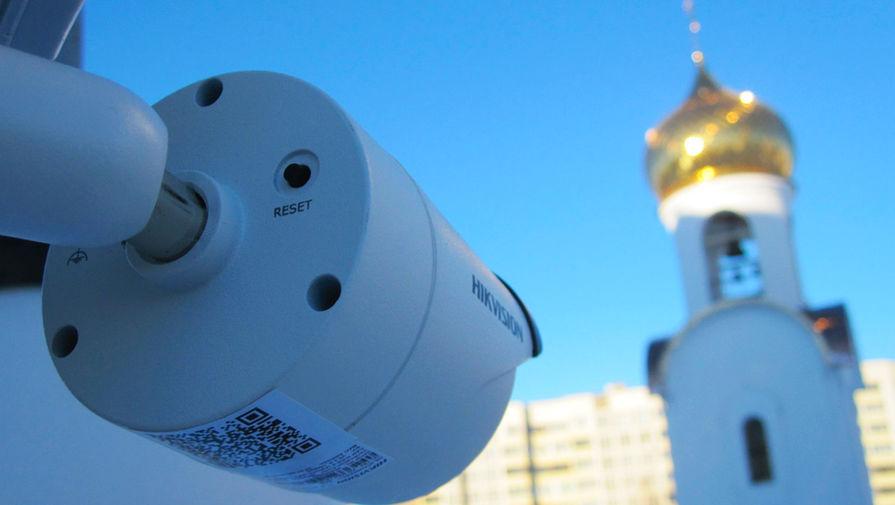 В Москве священник ударил посетителя храма из-за фото иконостаса