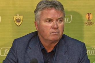 Гус Хиддинк вывел «Анжи» в третий квалификационный раунд Лиги Европы