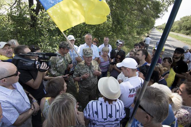 Генерал Федоров обещает защитить Мариуполь