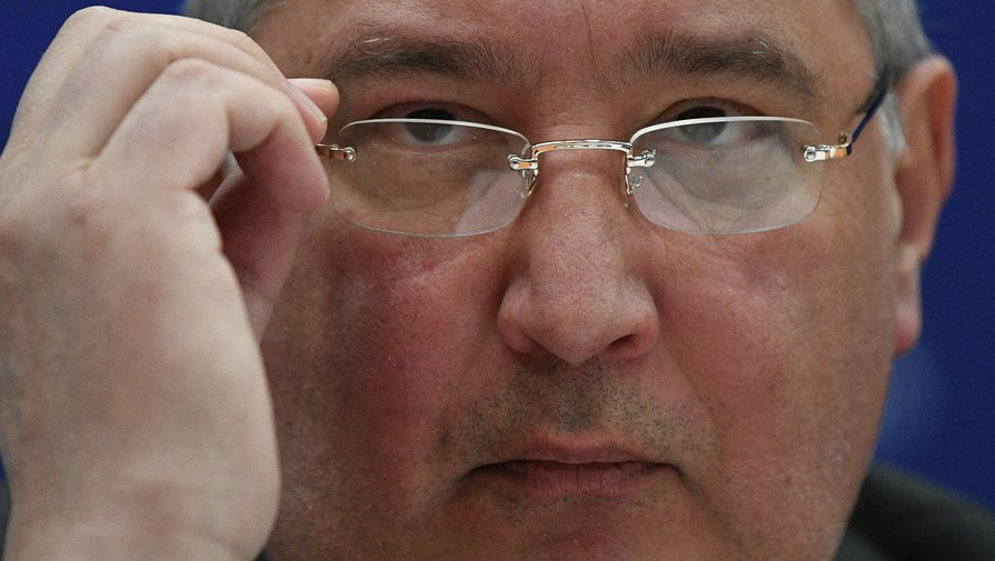 Рогозин назвал причину незапланированного включения двигателей модуля Наука
