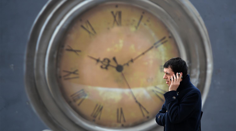 Сотовая связь подорожала в России после отмены роуминга