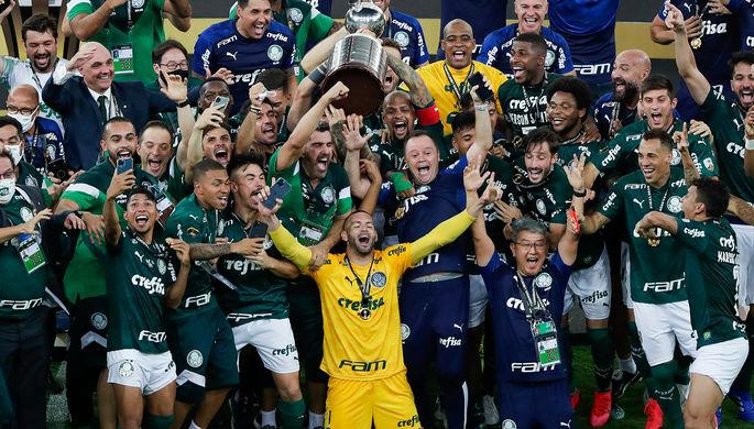 Поздний гол, смерть фаната: «Палмейрас» выиграл Кубок Либертадорес