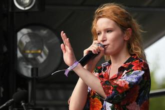 Певица Монеточка (Елизавета Гырдымова)