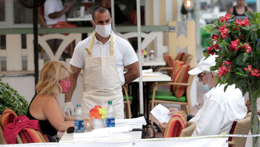 Ресторатор Татулова назвала нереализуемой идею ввести в ресторанах свободные от COVID-19 зоны