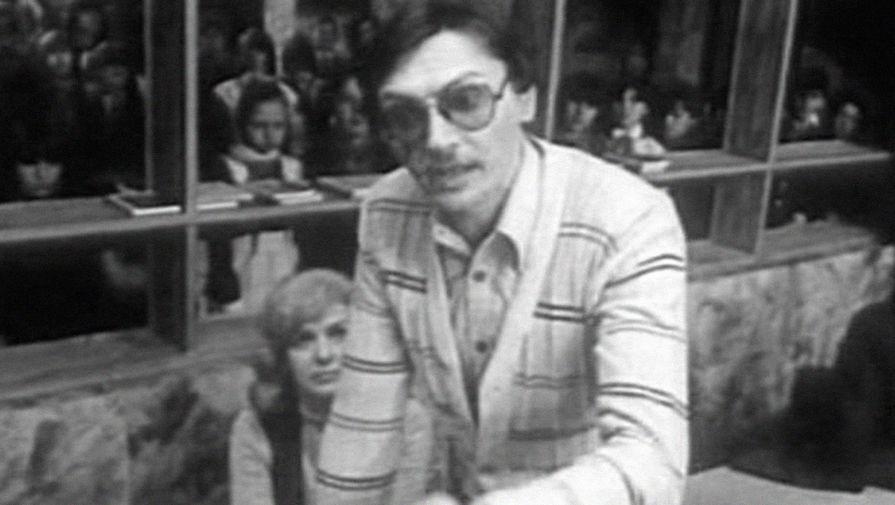 Кадр из фильма «Приключения Электроника» (1979)