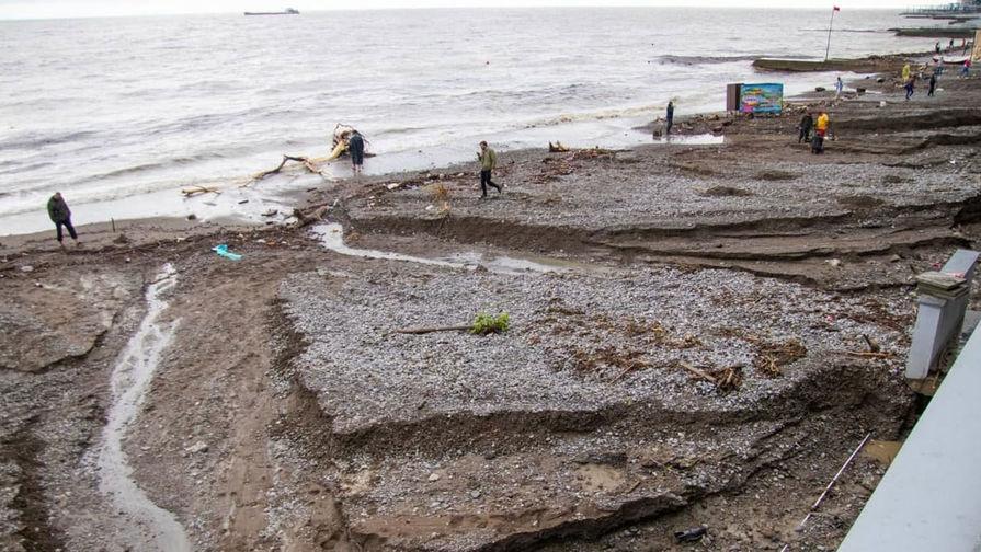 Выросло число пострадавших от непогоды в Ялте