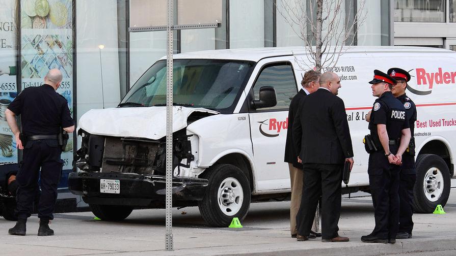 Число жертв наезда на пешеходов в Торонто возросло до 10