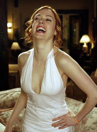 Роуз МакГоуэн в кадре из сериала «Зачарованные», 2002 год