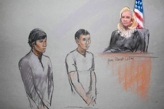 Диас Кадырбаев и Азамат Тажаяков в зале суда в Бостоне