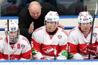 Хоккейный «Спартак» не испугался 13-го поражения подряд. У него есть проблемы посерьезней
