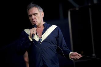 Моррисси выступает на музыкальном фестивале Firefly в Довере