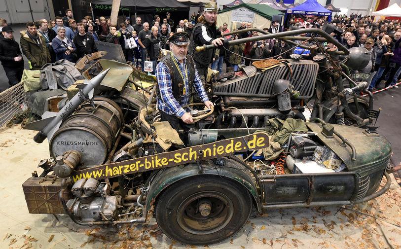 кругом мотоцикл с танковым двигателем фото говорить принтах, они