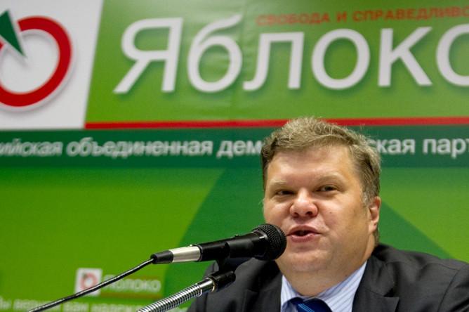 Председатель партии «Яблоко» Сергей Митрохин