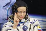 Актриса Юлия Пересильд передзапуском ракеты-носителя «Союз-2.1а» спилотируемым космическим кораблем «Союз МС-19», 5октября 2021года