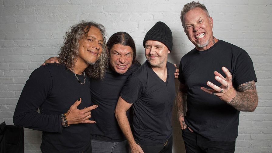 Metallica отменила участие в двух фестивалях из-за лечения фронтмена группы