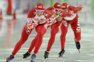 В общем зачете мужчины замыкают тройку в командной гонке
