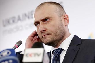 Лидер «Правого сектора» Дмитрий Ярош во время пресс-конференции