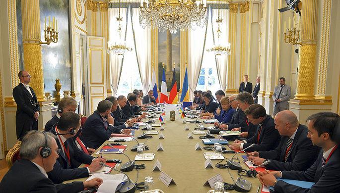 Лидеры «нормандской четверки» во время встречи в Париже