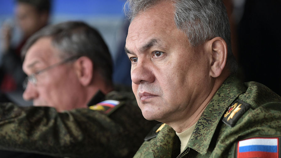 Шойгу прибыл в Крым на масштабные учения войск