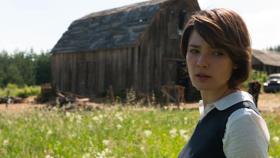 Лорина Камбурова в кадре из фильма «Техасская резня бензопилой: Кожаное лицо» (2017)