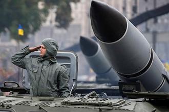 Военная техника во время военного парада по случаю 25-летия независимости Украины