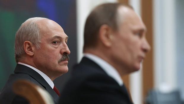 Если друг оказался вдруг: Лукашенко грозится выходом из ЕАЭС заголовок