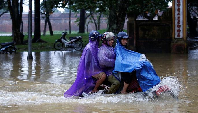 Последствия тайфуна во Вьетнамском Хюэ, 5 ноября 2017